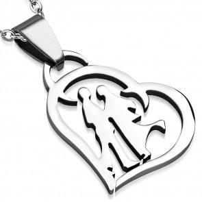 Ezüst színű, szív alakú nemesacél medál szerelmes pár dísszel