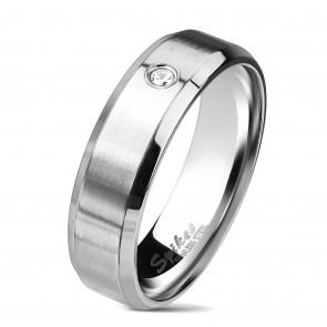 Ezüst színű, matt felületű nemesacél gyűrű, cirkónia kristállyal