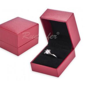 Selyem hatású elegáns gyűrűtartó doboz (gyűrű)