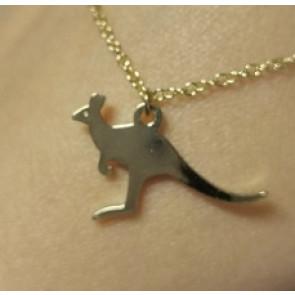 Arany színű minimál stílusú nyaklánc kenguru alakú medállal